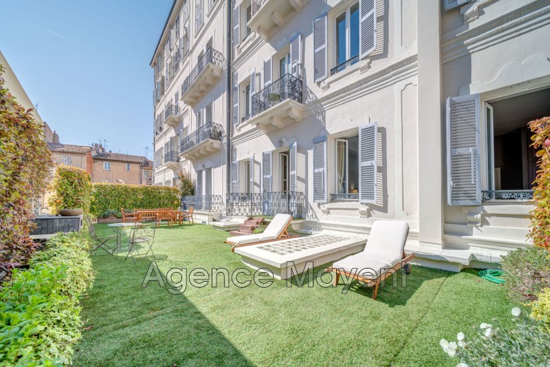 Photo Apartment Cannes Centre-ville,   to buy apartment  5 rooms   166 m²