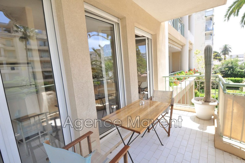 Photo Apartment Cannes Palm beach,   to buy apartment  1 room   30m²