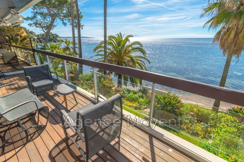 Photo Apartment Cannes Palm beach,   to buy apartment  3 rooms   103m²