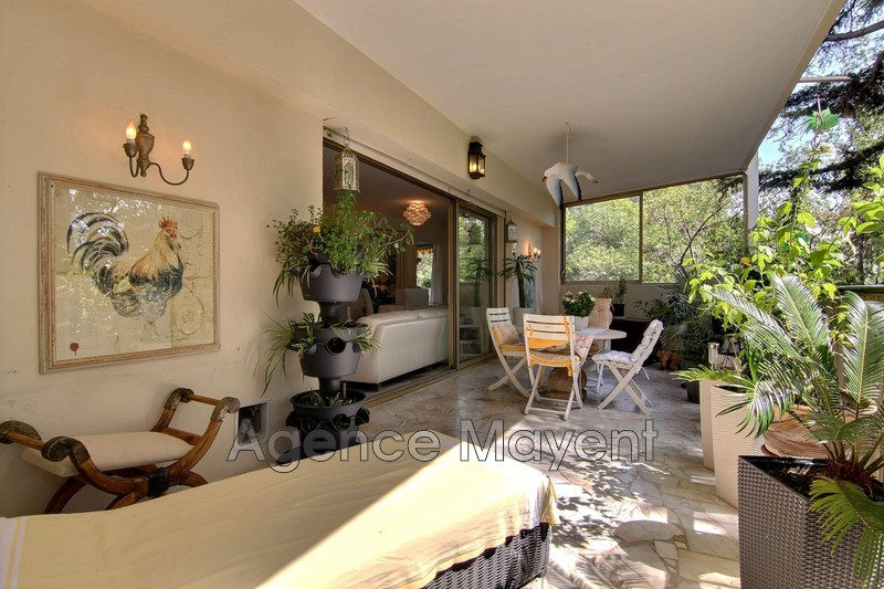 Photo Apartment Cannes Montrose,   to buy apartment  2 rooms   77m²