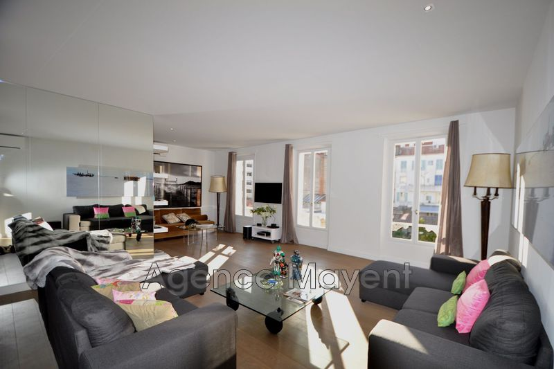 Photo Apartment Cannes Centre-ville,   to buy apartment  4 rooms   149 m²