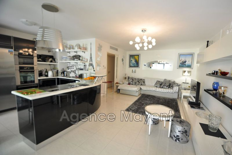 Photo Appartement Cannes Basse californie,   achat appartement  3 pièces   75 m²