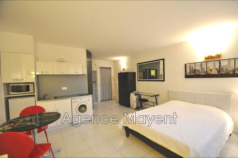 Photo Apartment Cannes Croisette,   to buy apartment  1 room   26 m²