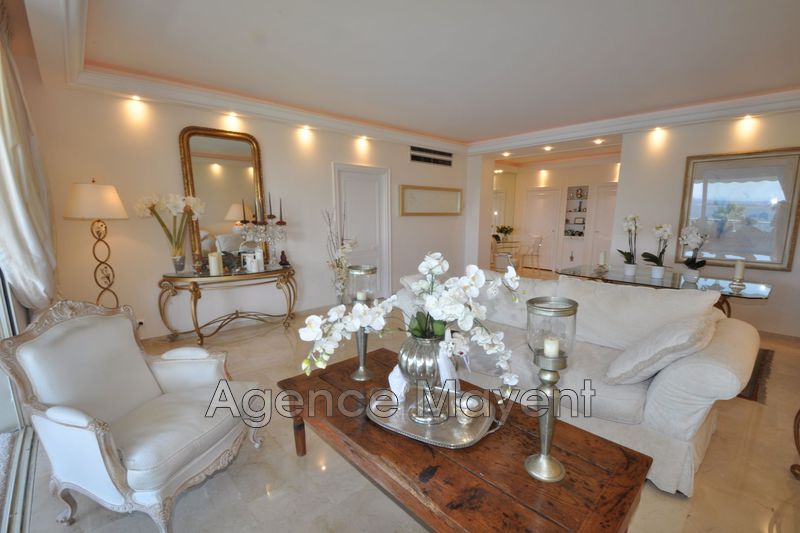 Photo n°2 - Vente appartement Cannes 06400 - 1 484 000 €
