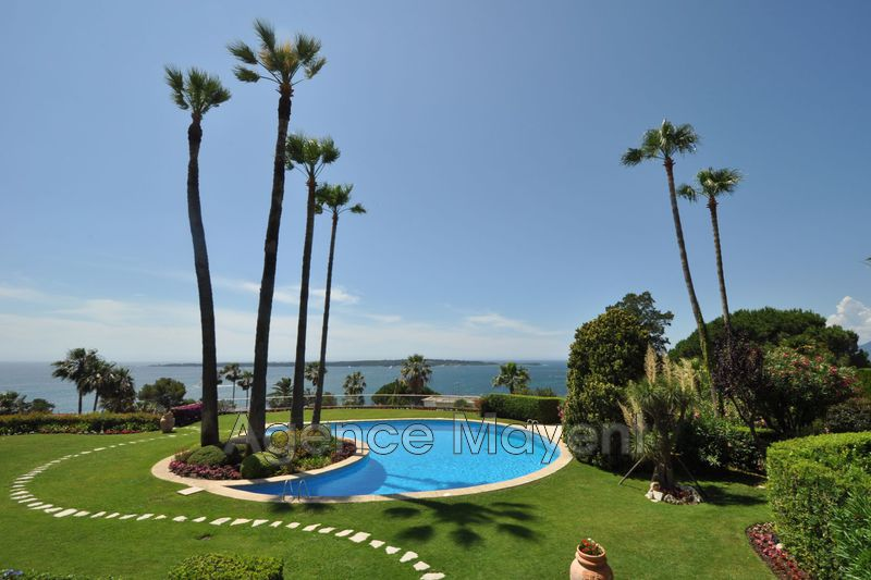 Photo n°1 - Vente appartement Cannes 06400 - 1 484 000 €
