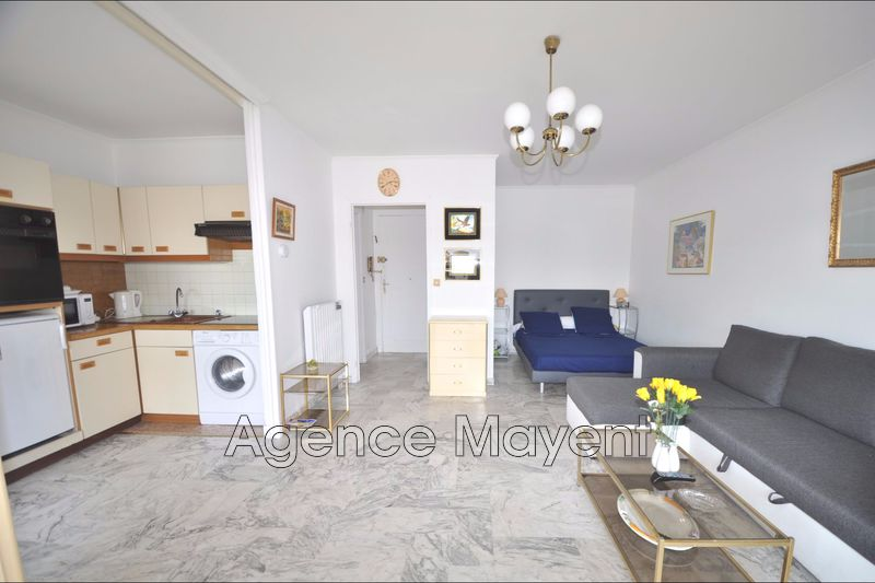 Photo n°1 - Vente appartement Cannes 06400 - 217 000 €