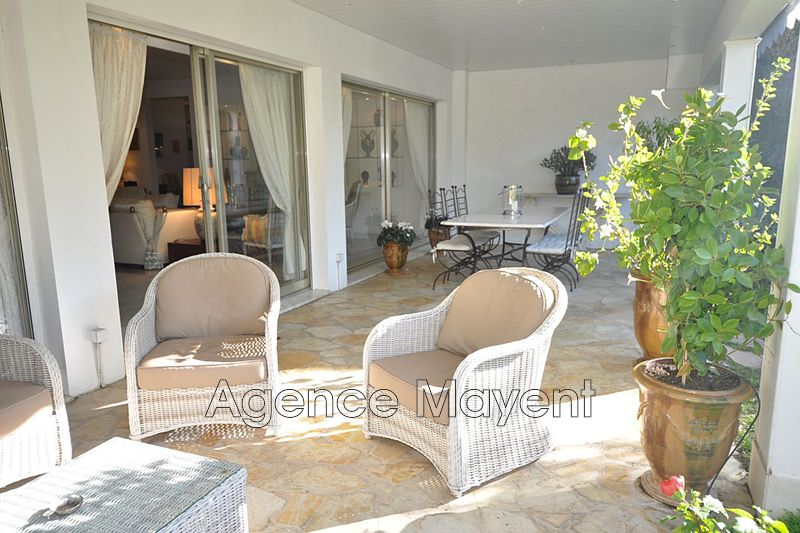 Photo Appartement Cannes La californie,   achat appartement  5 pièces   261 m²