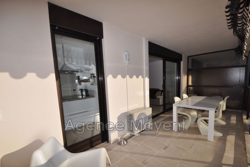 Photo n°2 - Vente appartement Cannes 06400 - 255 000 €