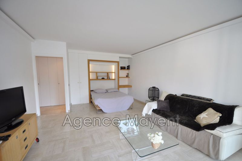 Photo Apartment Cannes Montrose,   to buy apartment  1 room   35 m²