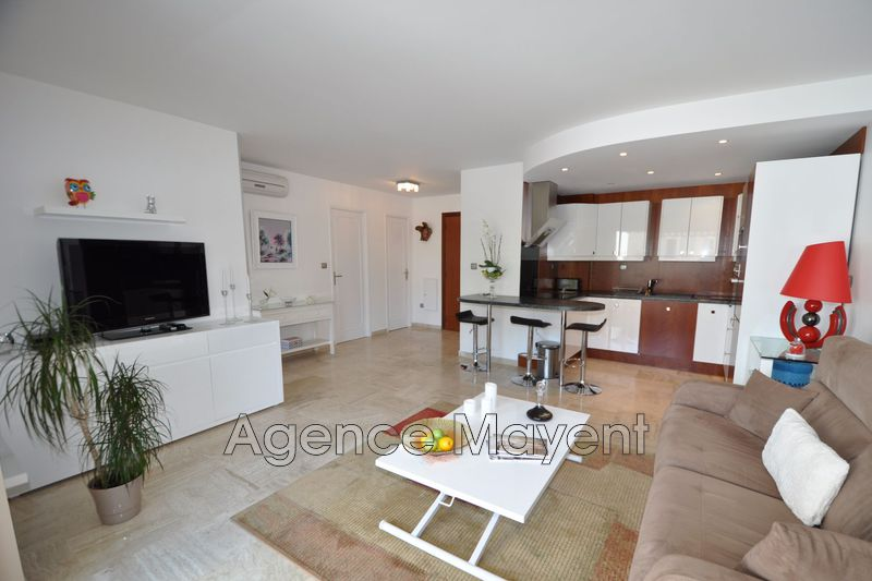 Photo Apartment Cannes Basse californie,   to buy apartment  2 rooms   56 m²
