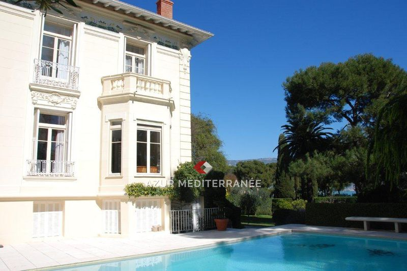 Photo Luxury property Saint-Jean-Cap-Ferrat Proche plages,  Vacation rental luxury property  5 bedrooms   300 m²