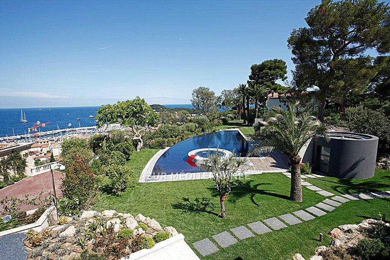 Photo Luxury property Saint-Jean-Cap-Ferrat Proche plages,  Vacation rental luxury property  8 bedrooms   2000 m²