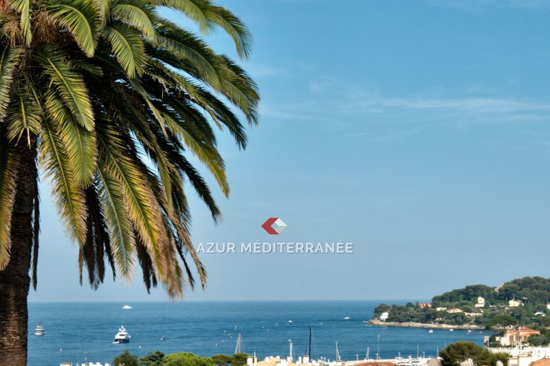 Photo Villa Saint-Jean-Cap-Ferrat Village,  Vacation rental villa  4 bedrooms   400 m²