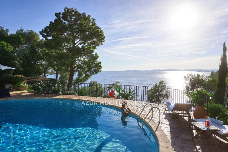 Photo Villa Saint-Jean-Cap-Ferrat Front de mer,  Vacation rental villa  5 bedrooms   470 m²