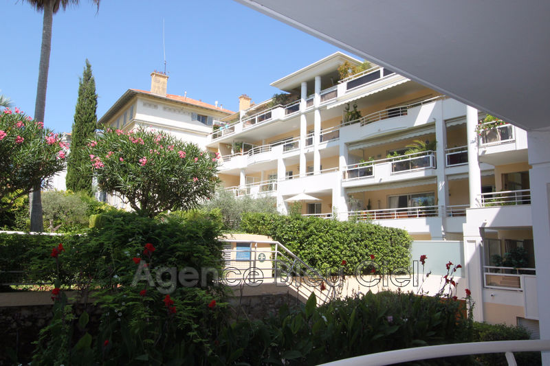 Photo Apartment Cannes Centre ville,   to buy apartment  3 rooms   80 m²
