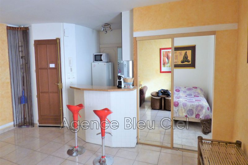 Photo Apartment Cannes Banane,   to buy apartment  2 rooms   34 m²
