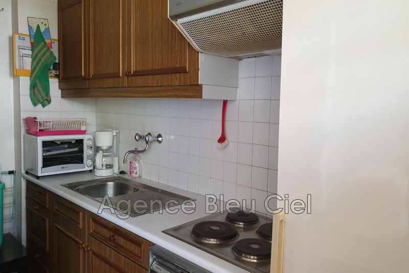 Photo n°3 - Vente appartement Cannes 06400 - 102 000 €