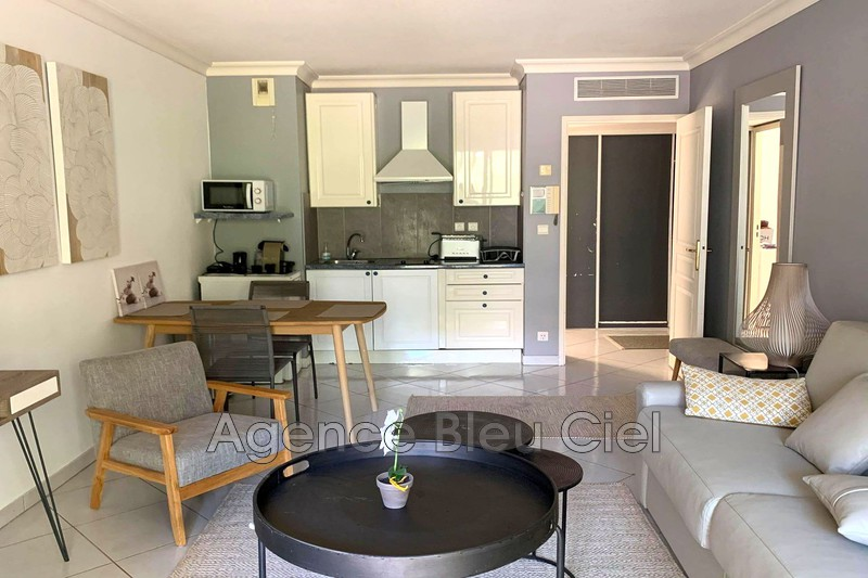 Photo n°9 - Vente appartement Cannes 06400 - 215 000 €
