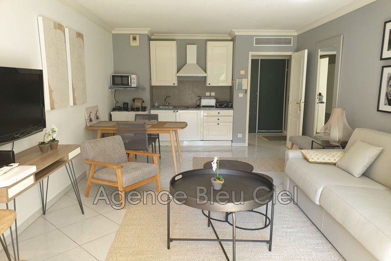 Photo n°4 - Vente appartement Cannes 06400 - 215 000 €