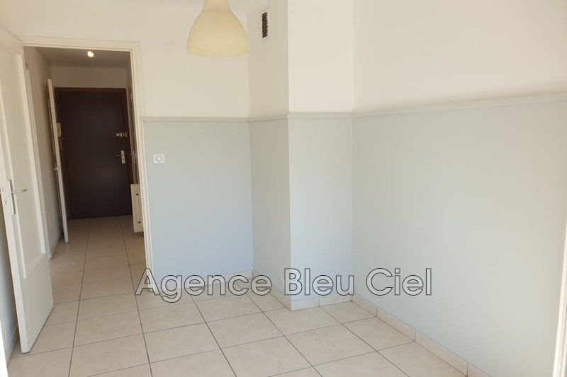 Photo n°8 - Vente appartement Cannes 06400 - 134 000 €