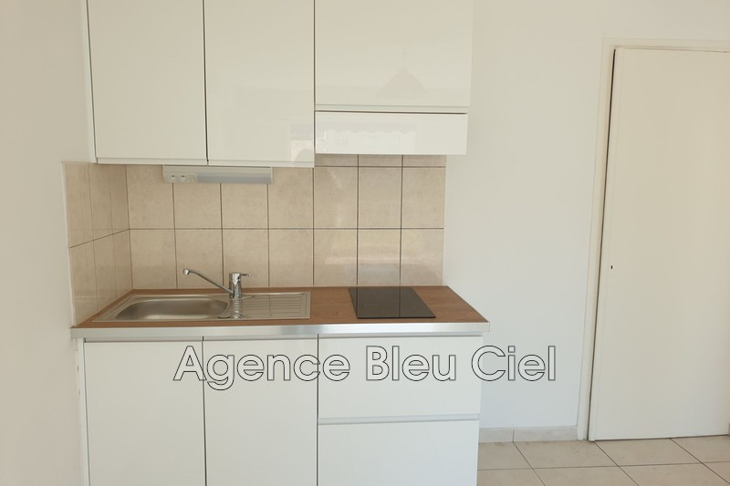 Photo n°2 - Vente appartement Cannes 06400 - 134 000 €