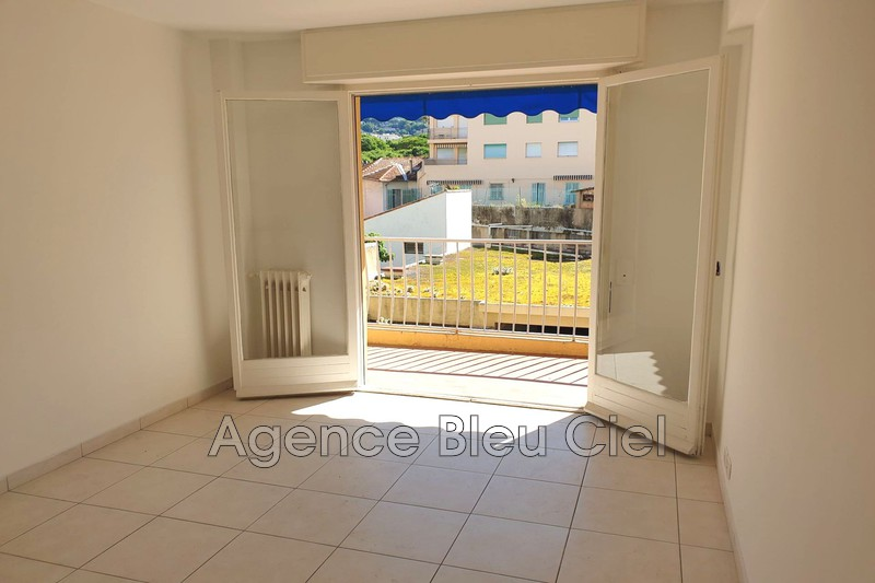 Photo n°3 - Vente appartement Cannes 06400 - 134 000 €