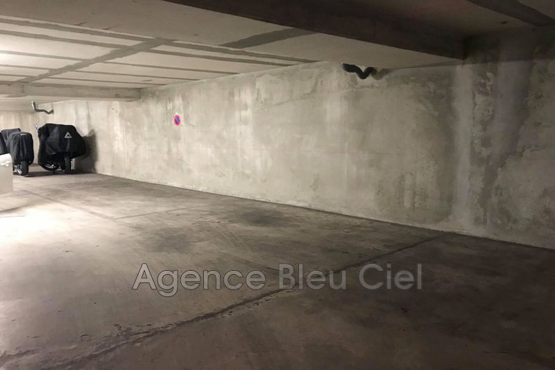 Photo Parking en sous sol Cannes Montfleury,   achat parking en sous sol