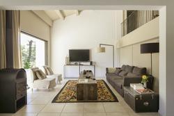 Location saisonnière maison d'architecte Pernes-les-Fontaines