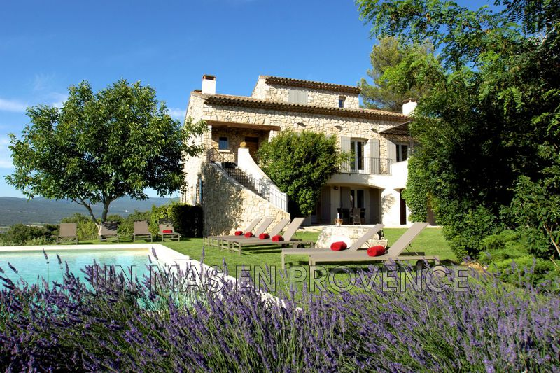 Location saisonnière maison de village Roussillon  Village house Roussillon Luberon,  Location saisonnière village house  5 bedrooms   250 m²