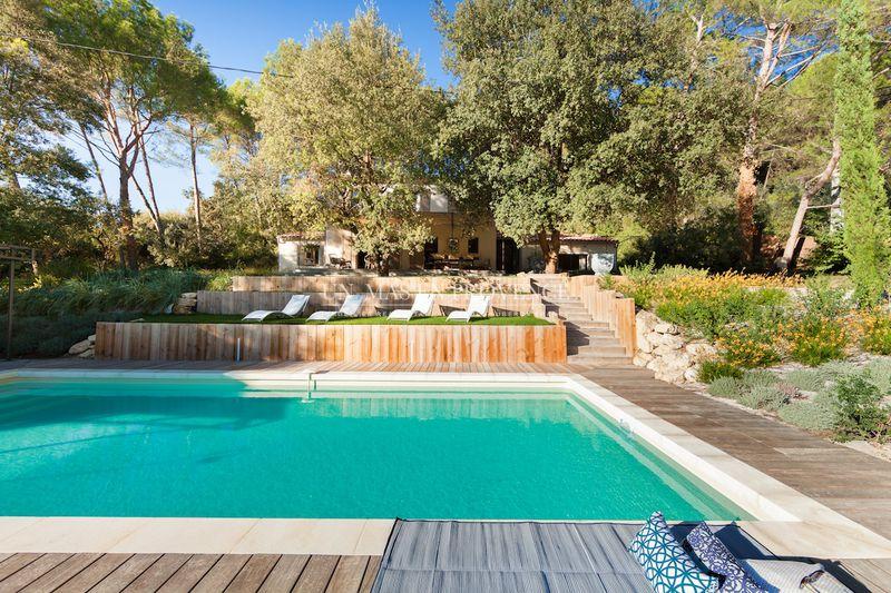 Location saisonnière villa provençale Pernes-les-Fontaines  Villa provençale Pernes-les-Fontaines Pays du ventoux,  Location saisonnière villa provençale  4 chambres   150m²