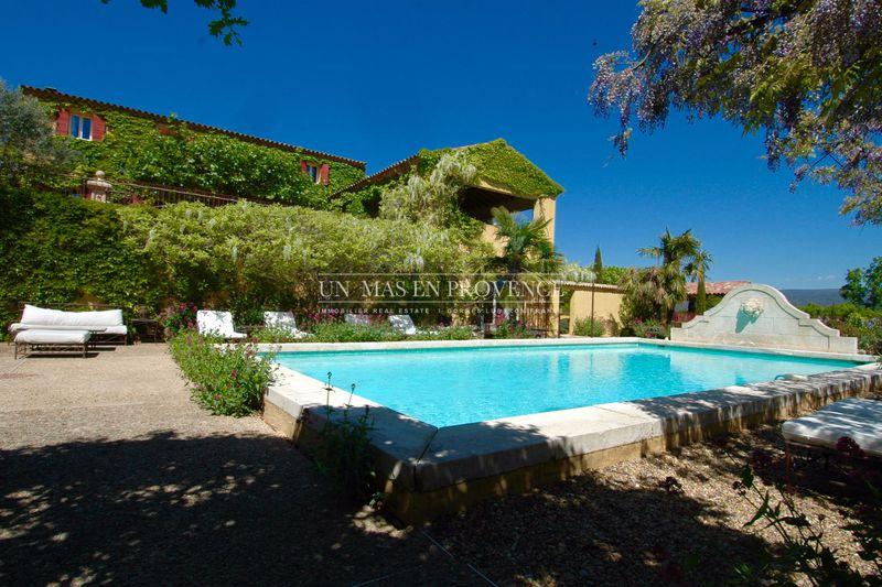 Location saisonnière propriété Roussillon  Propriété Roussillon Luberon,  Location saisonnière propriété  6 chambres