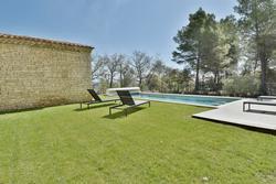 Location saisonnière maison Gordes jardin  piscine