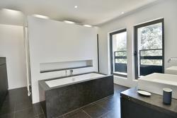 Location saisonnière maison Gordes salle de bain