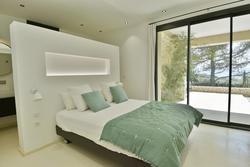 Location saisonnière maison Gordes chambre rez de chaussée salle d'eau