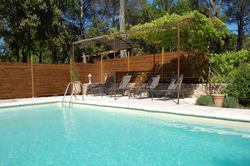 Location saisonnière villa provençale Ménerbes piscine