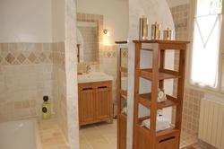 Location saisonnière villa provençale Ménerbes salle-de-bain-2