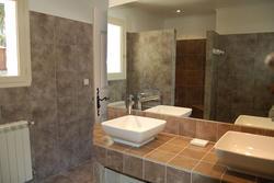 Location saisonnière villa provençale Ménerbes salle de bain