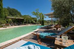 Location saisonnière maison Goult La piscine