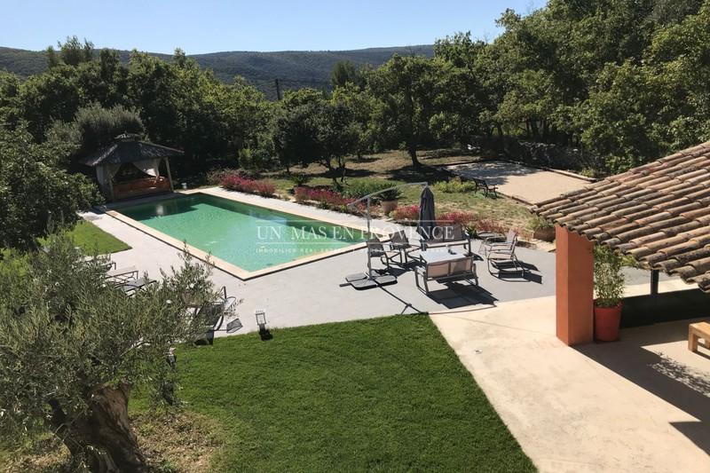 Location saisonnière villa provençale Lacoste  Villa Lacoste Luberon,  Location saisonnière villa  5 bedrooms   210m²