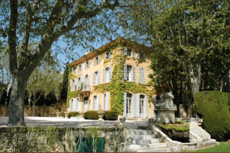 Location saisonnière bastide Aix-en-Provence  Bastide Aix-en-Provence Pays d'aix,  Location saisonnière bastide  8 bedrooms