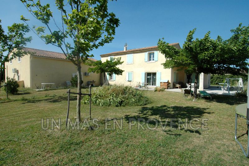 Vente maison récente Ménerbes  New house Ménerbes Luberon,   to buy new house   255 m²