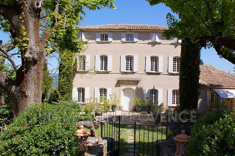 Vente demeure de prestige Bonnieux  Luxury property Bonnieux Luberon,   to buy luxury property  8 bedrooms   640 m²
