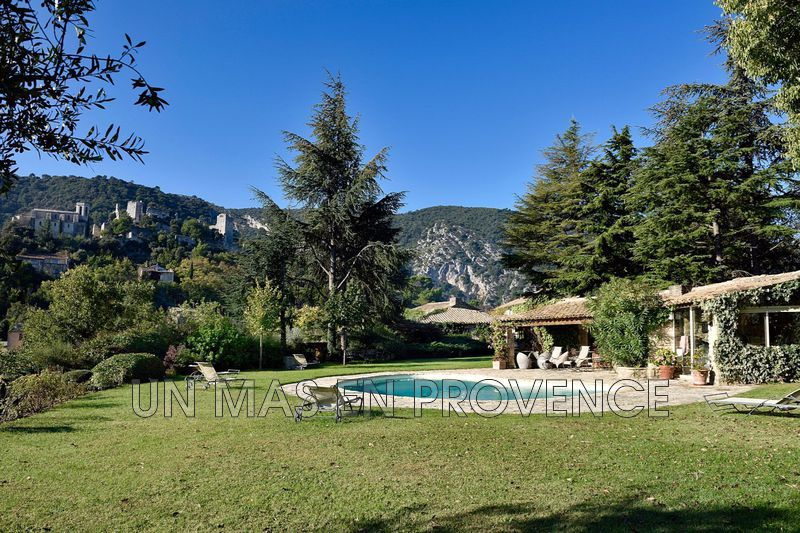 Vente demeure de prestige Oppède  Luxury property Oppède Luberon,   to buy luxury property  7 bedrooms   350 m²