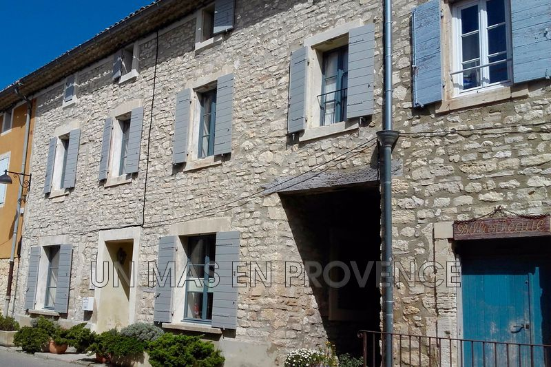 Vente maison de village Murs  Village house Murs Luberon,   to buy village house  3 bedrooms   200 m²