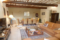 Vente maison de village Murs salon 1