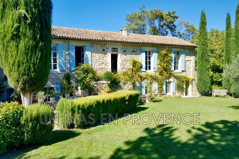 Vente maison en pierre Oppède  Stone house Oppède International,   to buy stone house  5 bedrooms   360 m²