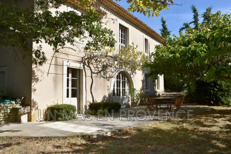 Vente propriété Bonnieux  Property Bonnieux Luberon,   to buy property  5 bedrooms   200 m²