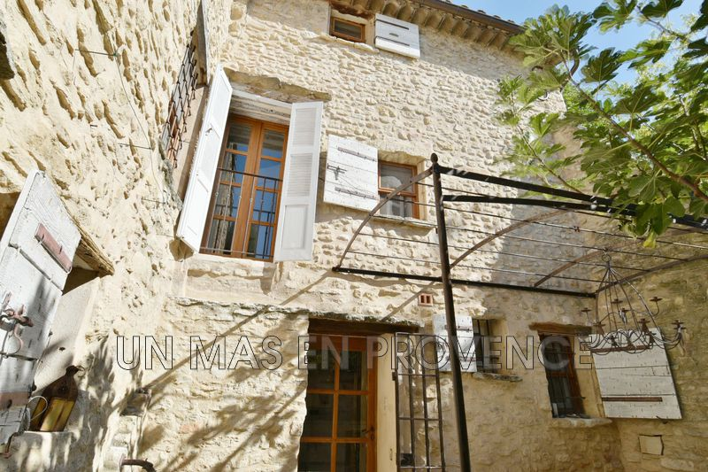 Vente maison de village Lagnes  Village house Lagnes Pays des sorgues,   to buy village house  3 bedrooms   125 m²