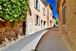 Vente maison de village Roussillon DSC_0330