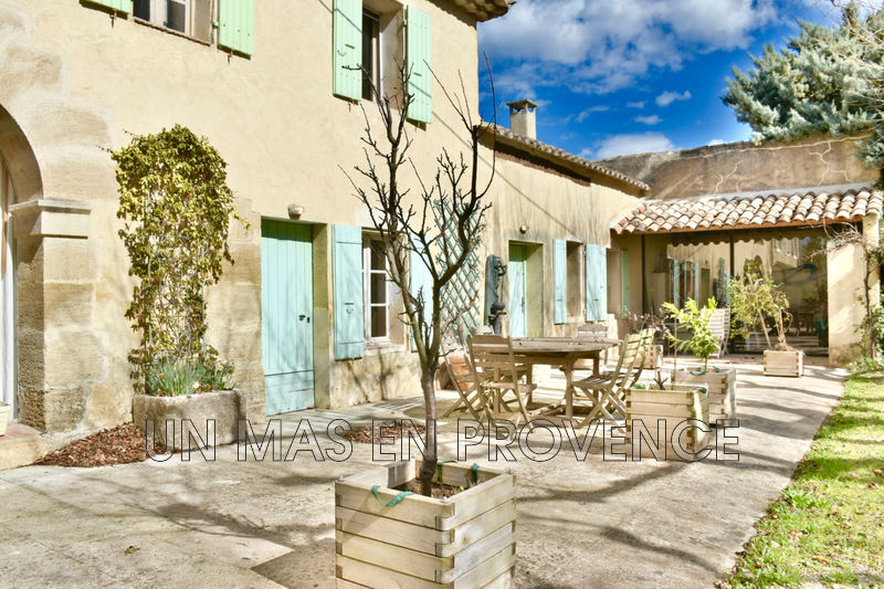 Vente mas L'Isle-sur-la-Sorgue  Farmhouse L'Isle-sur-la-Sorgue Pays des sorgues,   to buy farmhouse  5 bedrooms   250 m²